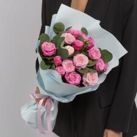 7 Кустовых Пионовидных Розовых Роз (50 см.) фото