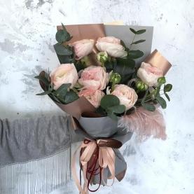 7 Нежно-Розовых Ранункулюсов фото