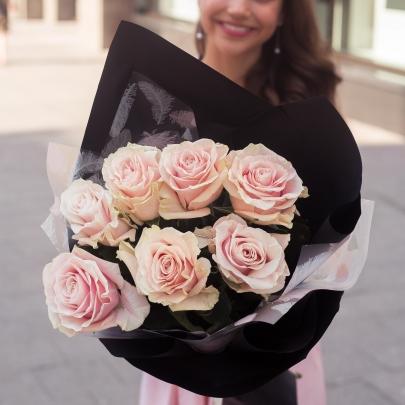 7 Розовых Роз Эквадор (70/80 см.) фото