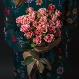 7 Розовых Роз Кустовых (50/60) фото