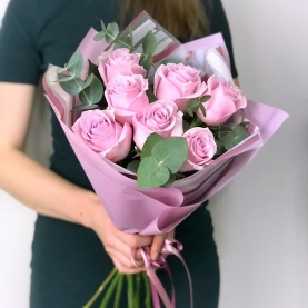 7 Сиреневых Роз Эквадор (50/60 см.) фото