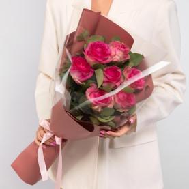 7 Ярко-Розовых Роз (60 см.) фото
