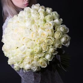75 Белых Роз Premium (50/60 см.) фото