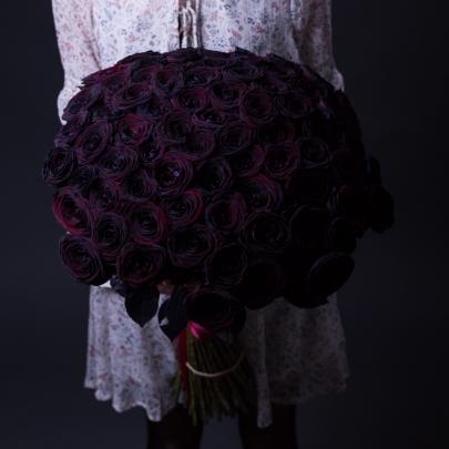 75 Черных Роз (70 см.) фото