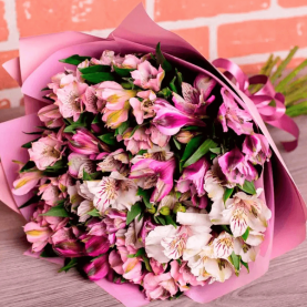 15 Бело-Розовых Альстромерий фото
