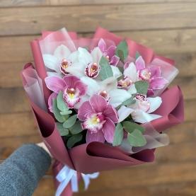 9 Белых и Розовых Орхидей фото