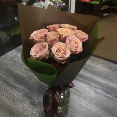 9 Кофейных Роз (50/60 см.) фото
