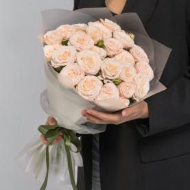 9 Кустовых Пионовидных Кремовых Роз (50 см.) фото