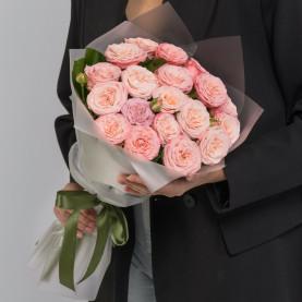9 Кустовых Пионовидных Персиковых Роз (50 см.) фото