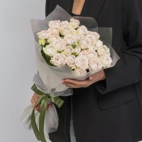 9 Кустовых Пионовидных Сиреневых Роз (50 см.) фото
