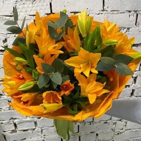 9 Оранжевых Лилий фото