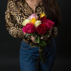 9 Разноцветных Роз Эквадор (70/80 см.) фото