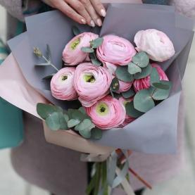 9 Розовых Ранункулюсов фото