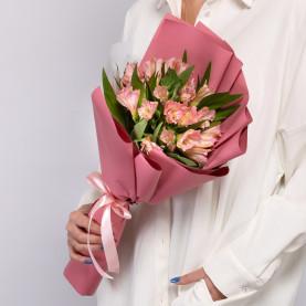 9 Розовых Альстромерий фото