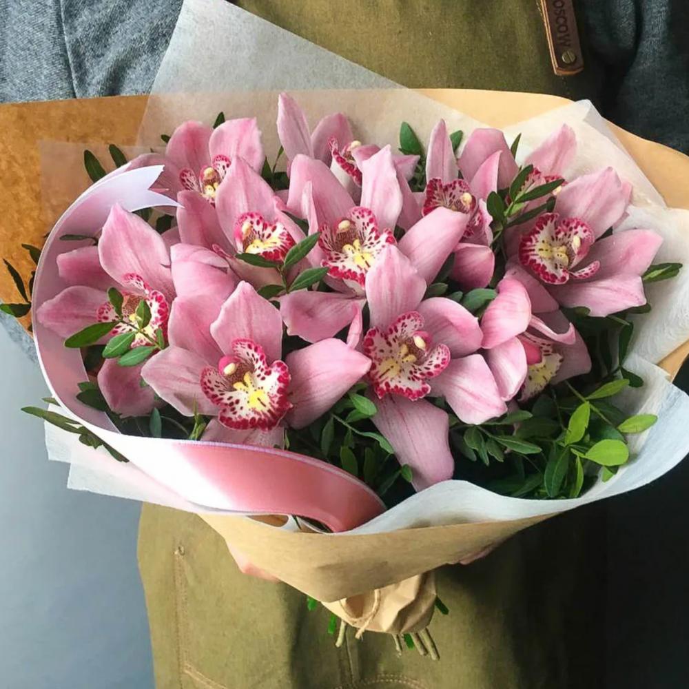 9 Розовых Орхидей фото
