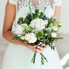 Букет Невесты с Белыми Пионами фото