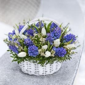 Корзина цветов Оттепель фото