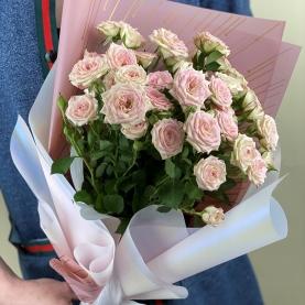 7 Нежных Роз Кустовых (50/60 см.) фото