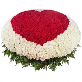 1001 Роза Сердце фото