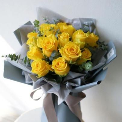 15 Желтых Роз (50 см.) фото
