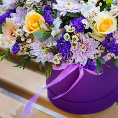 "Коробка с цветами ""Моему Преподавателю"" фото"