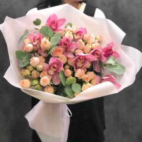 """Букет """"Орхидея и Кустовая Роза"""" фото"""