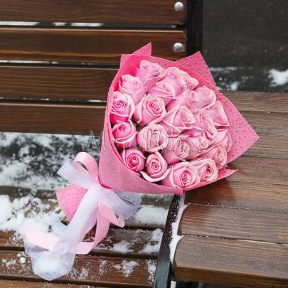 19 Розовых Роз (50 см.) фото