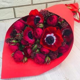 Букет С Анемонами И Пионовидной Розой фото