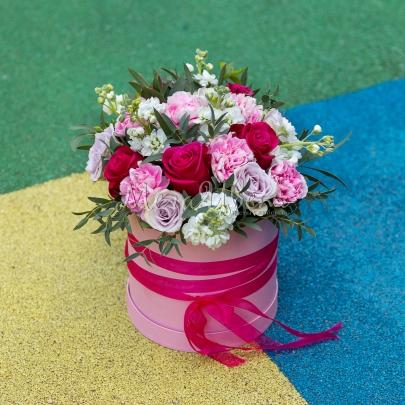 """Коробка с цветами """"Магия Света"""" фото"""
