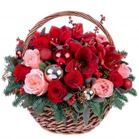 Корзина цветов Домашний Очаг фото