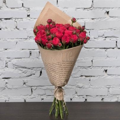 25 Кустовых Пионовидных Красных Роз (60 см.) фото