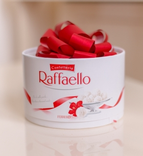 "Конфеты ""Raffaello"" торт 200 гр."