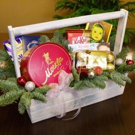 Новогодний ящик со сладостями №1 фото