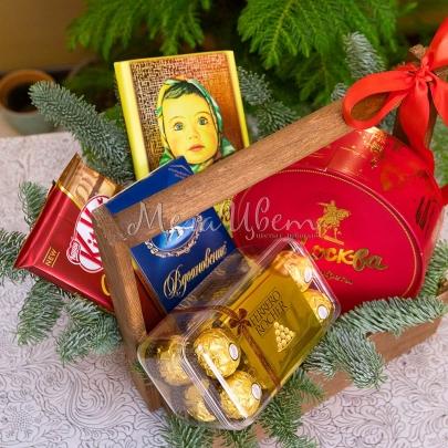 Новогодний ящик со сладостями №2 фото