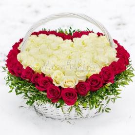 51 Бело-Красная Роза сердце фото