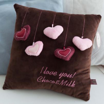 Мягкая игрушка подушка Сердечки фото