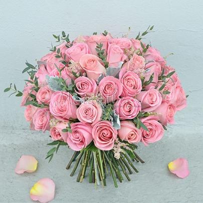 45 Розовых Роз фото
