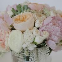 Какие цветы подарить в октябре