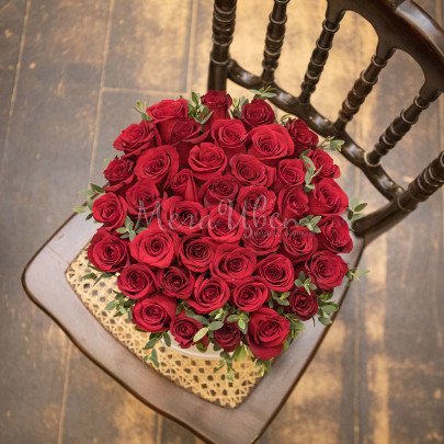 41 Красная Роза в коробке фото