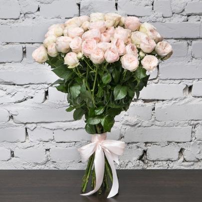11 Кустовых Пионовидных Розовых Роз (50 см.) фото