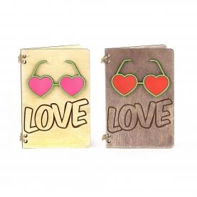 "Открытка ""Love"" фото"