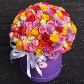 101 Разноцветная Роза (40 см.) в шляпной коробке