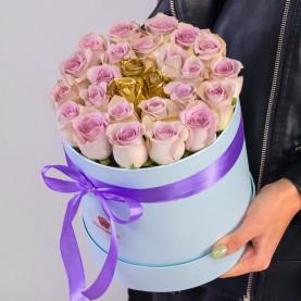 25 Сиреневых и Золотых Роз (40 см.) в коробке фото