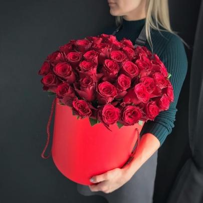 "Шляпная коробка ""51 Красная Роза"" фото"