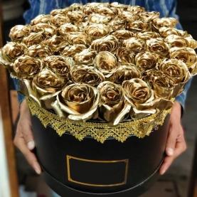 "Шляпная коробка ""51 Золотая Роза"" фото"