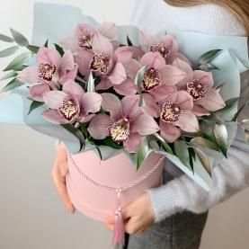"""Шляпная коробка """"9 Розовых Орхидей"""" фото"""