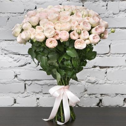 25 Кустовых Пионовидных Светло-Розовых Роз (60 см.) фото
