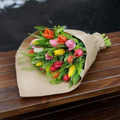 25 Тюльпанов крафт фото