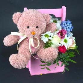 """Ящик цветов """"Розовый Мишка"""" фото"""