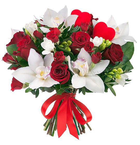 Букет цветов в подарок бабушке